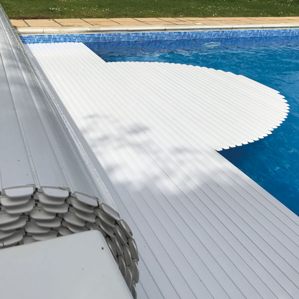 Swimming pool safety covers - Rockhopper Pools